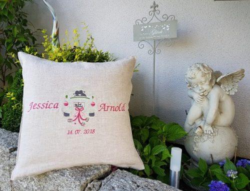 Hochzeitskissen für Jessica und Arnold…