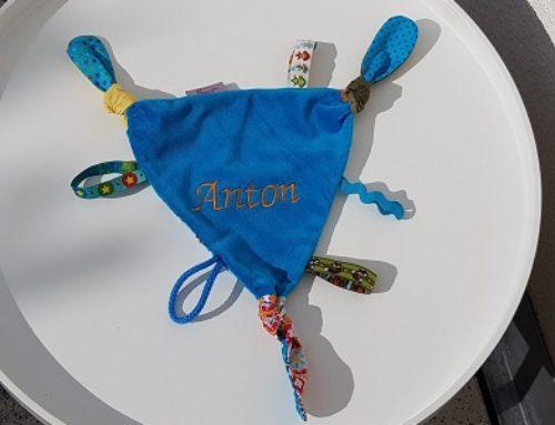 Schmuse-und Schnuffeltuch für Anton