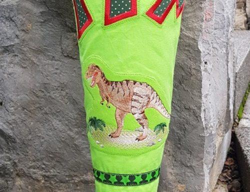 Dino-Schultüte zum Schulanfang
